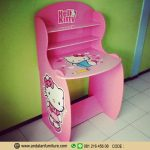 Meja Belajar Hias Motif Hello Kitty